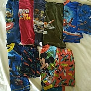 Disney Planes/ Cars 4T clothing/Pajama bundle